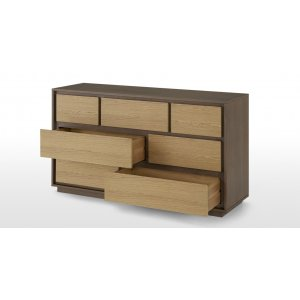 Magm Chest of Drawer